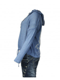 Přízový svetr s kapucou
