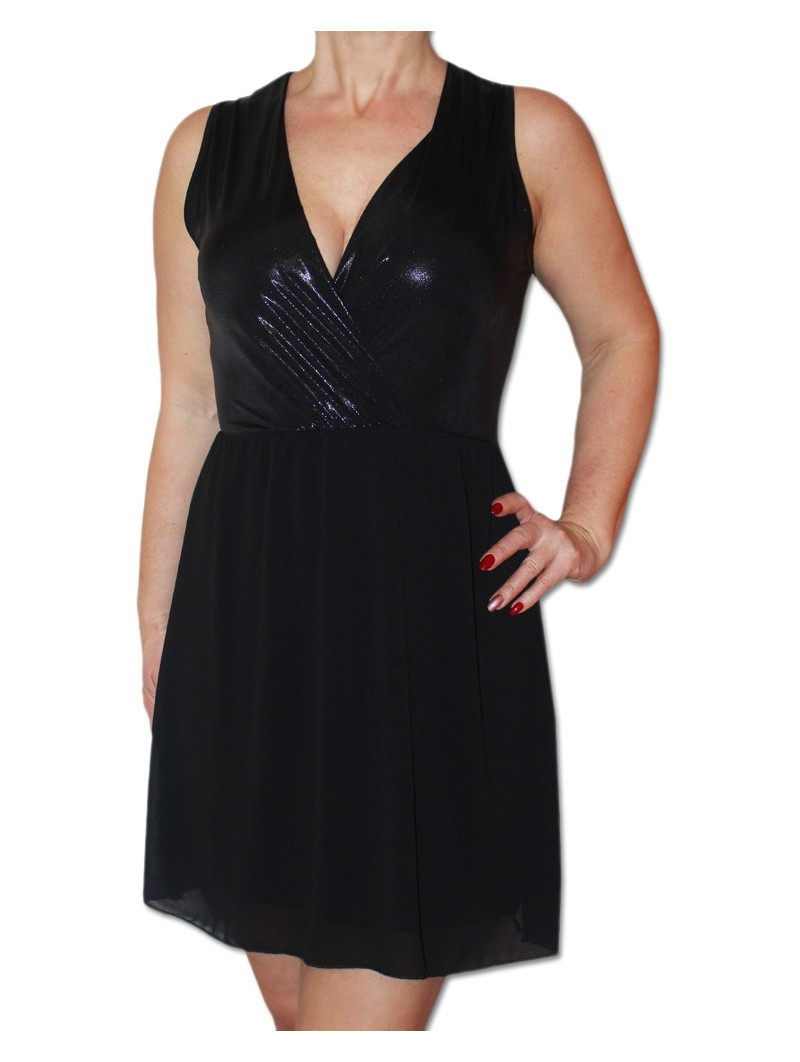 Šaty s lesklým sedýlkem